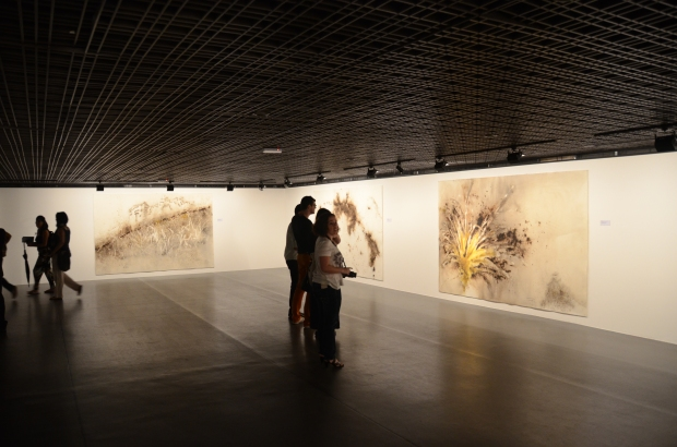 Opening night of Da Vincis do Povo, Museu dos Correios, Brasilia, 2013.  Photo by Cai Canhuang, courtesy Cai Studio.