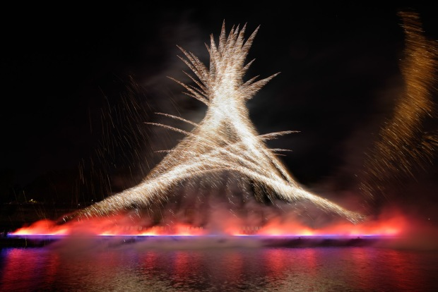 A French Love Encounter in Cai Guo-Qiang's One Night Stand: Explosion Event for Nuit Blanche, realized on October 5 on the Seine River, Paris, France, 2013 Photo by Thierry Nava, courtesy Cai Studio