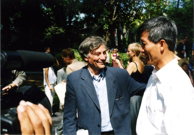 Cai Guo-Qiang with Jan Hoet, Venice, 1999 Courtesy Cai Studio