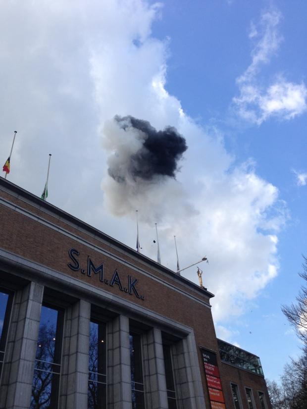 Black Cloud for Jan Hoet, realized at S.M.A.K., Ghent, Belgium, on March 5, 2014. Photo by Jan Hoet, Jr.